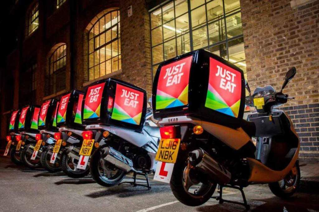 Deliveroo, Glovo, Just Eat, Social Food e Uber Eats
